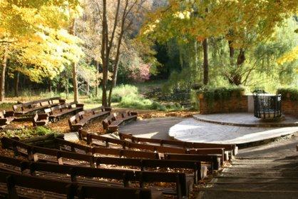 Spotlight: The Woods Chapel - The Wedding Guys