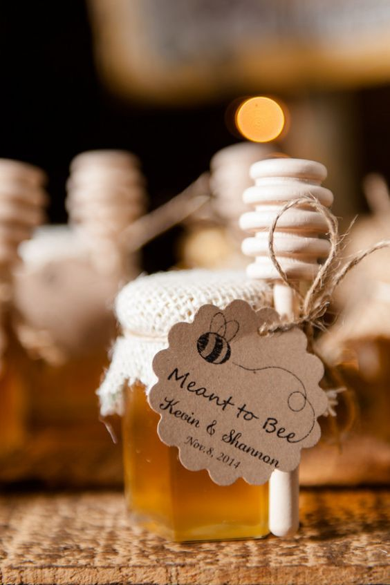 some of our favorite fall favors the wedding guys