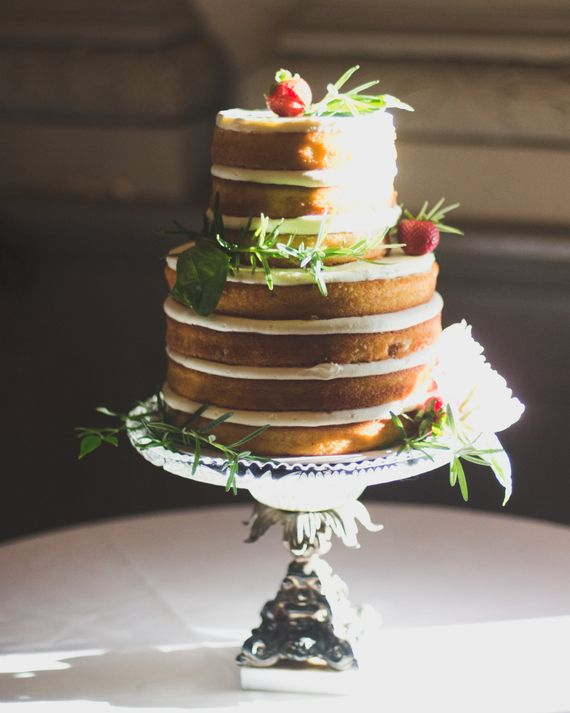 10 Unique Cake Flavors To Consider For Your Wedding