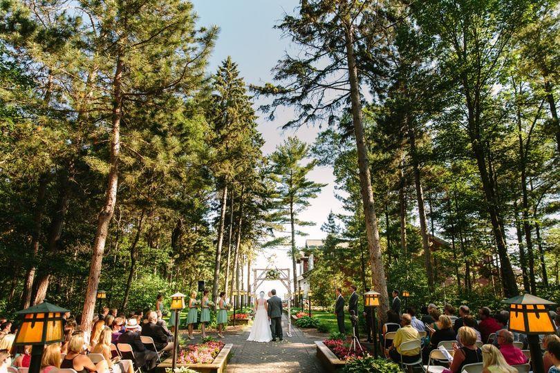 Northern Minnesota outdoor wedding ceremony