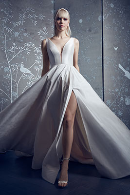 Wedding gown with high-slit