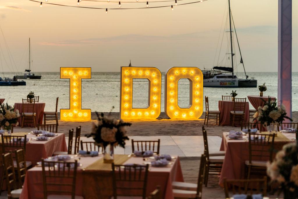 Aruba outdoor wedding reception