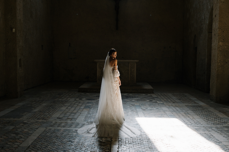 Simple cathedral veils