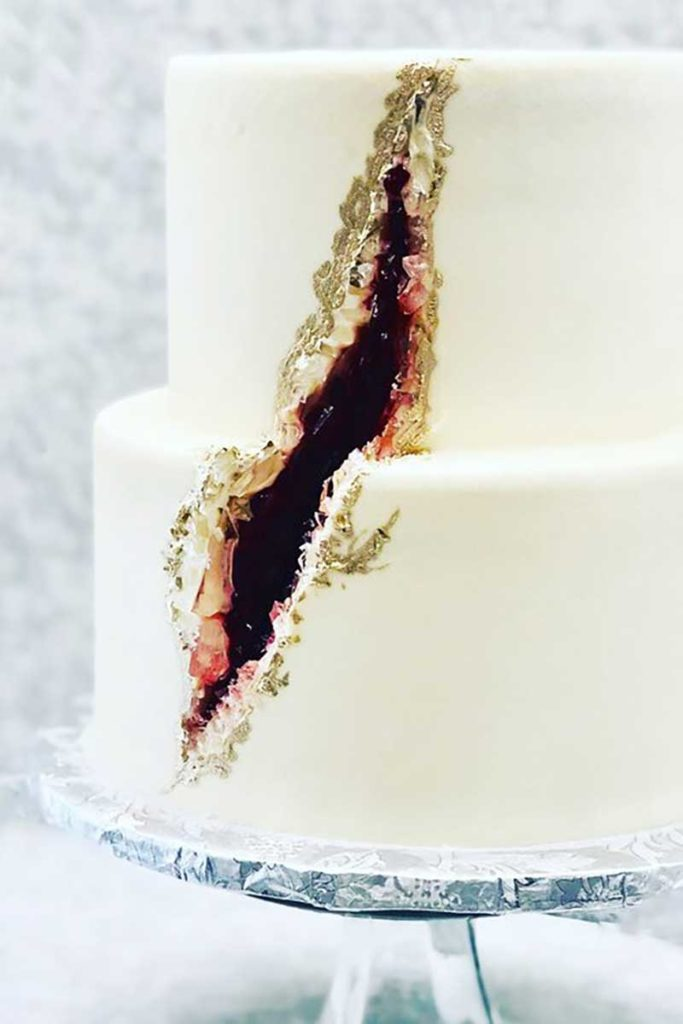 Simple geode wedding cake