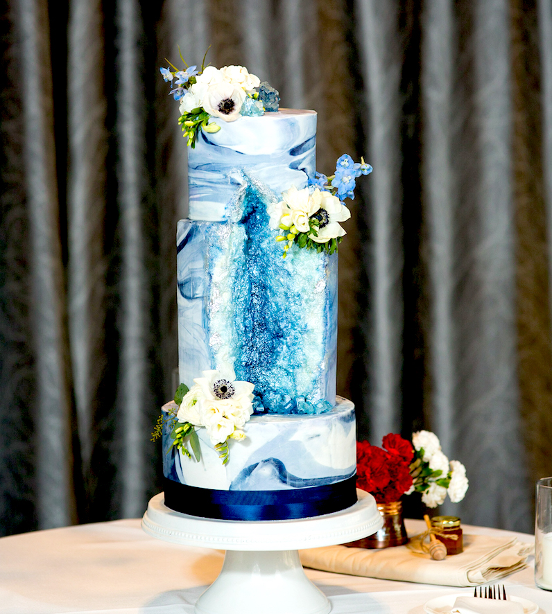 Blue and white marble geode cake
