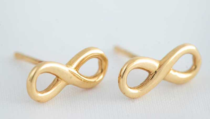 Gold infinity earrings as gifts for   the littles in your bridal party