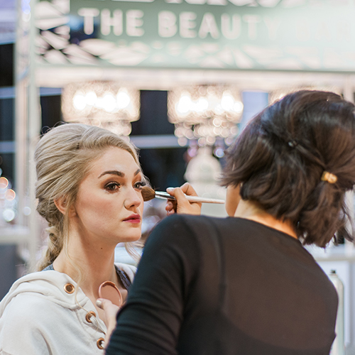Bride gets makeover at the Beauty Bar at Unveiled Minneapolis