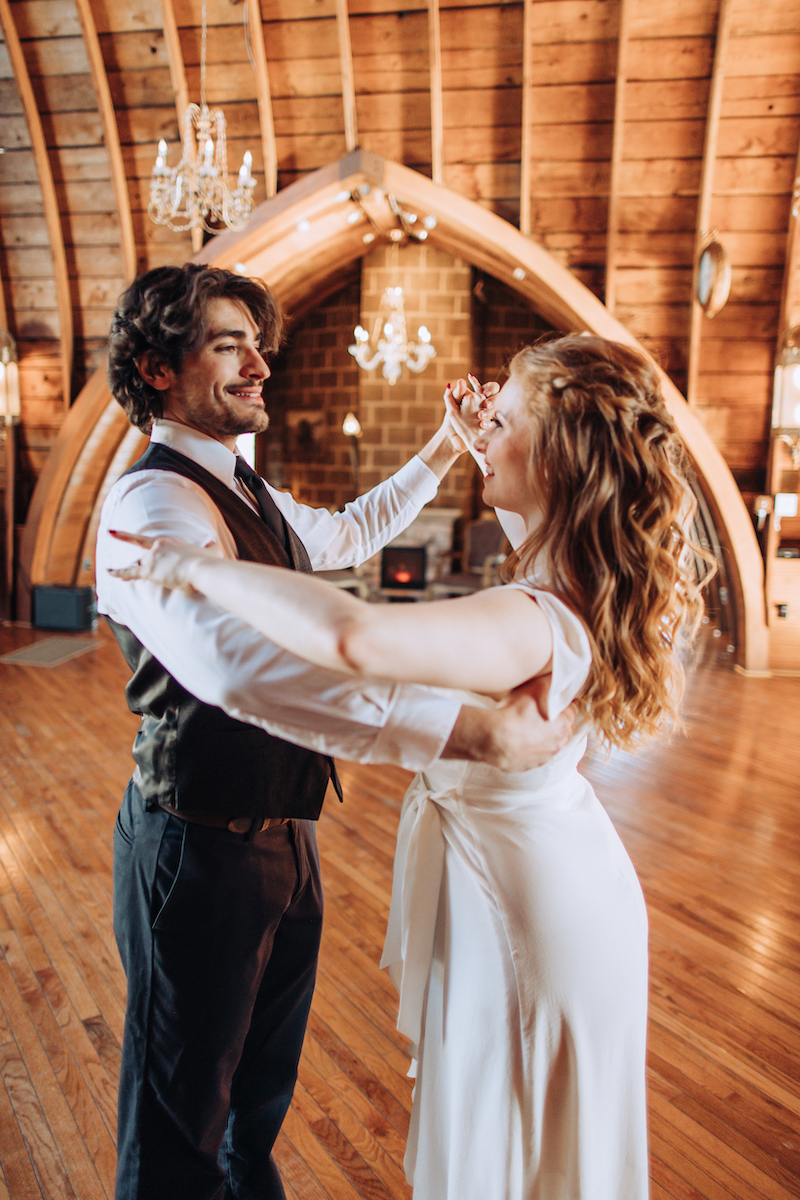 Caitlin of Tulle Tuxedo Wedding Dance gives lessons