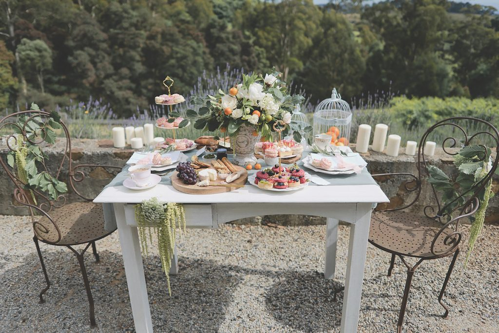 French-European romantic sweetheart table