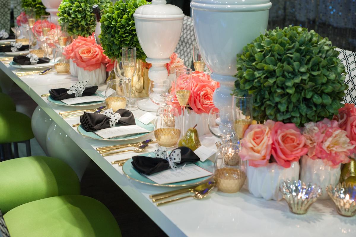Kate Spade wedding tablescape