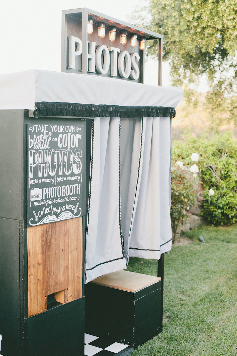 Vintage photo booth for wedding
