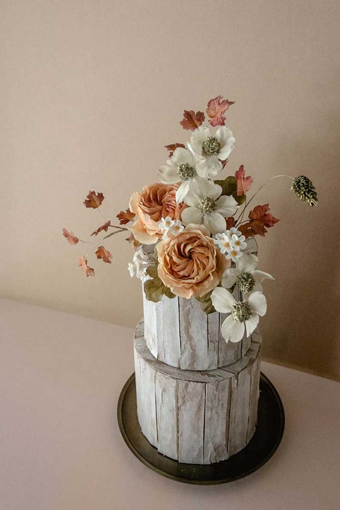 Wedding cake with fall color combos