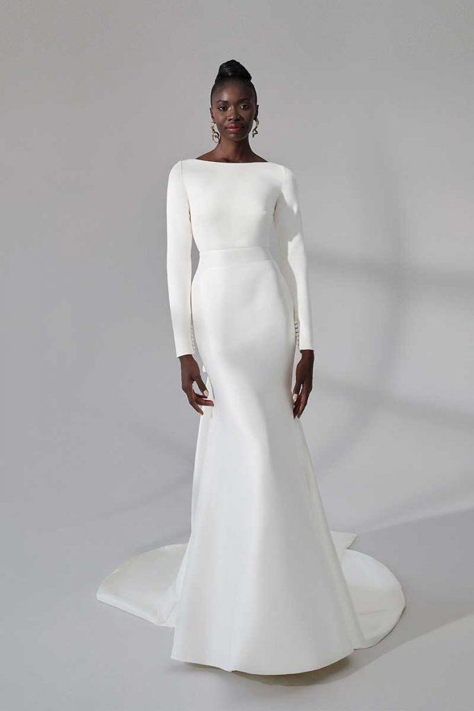 2021 bridal fashion trends long-sleeve wedding dress