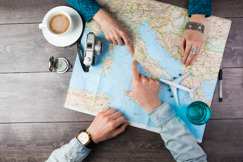 Couples learns about best practices in honeymoon planning from travel expert