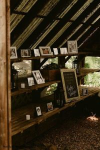 Rustic wedding memory table