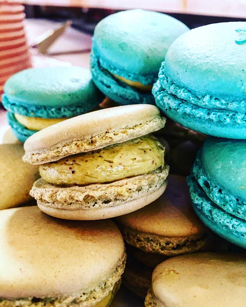 Must have dessert for fall weddings Macarons