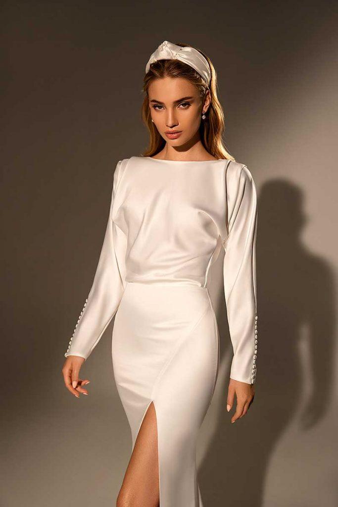 Long-sleeve 2021 bridal fashion trends