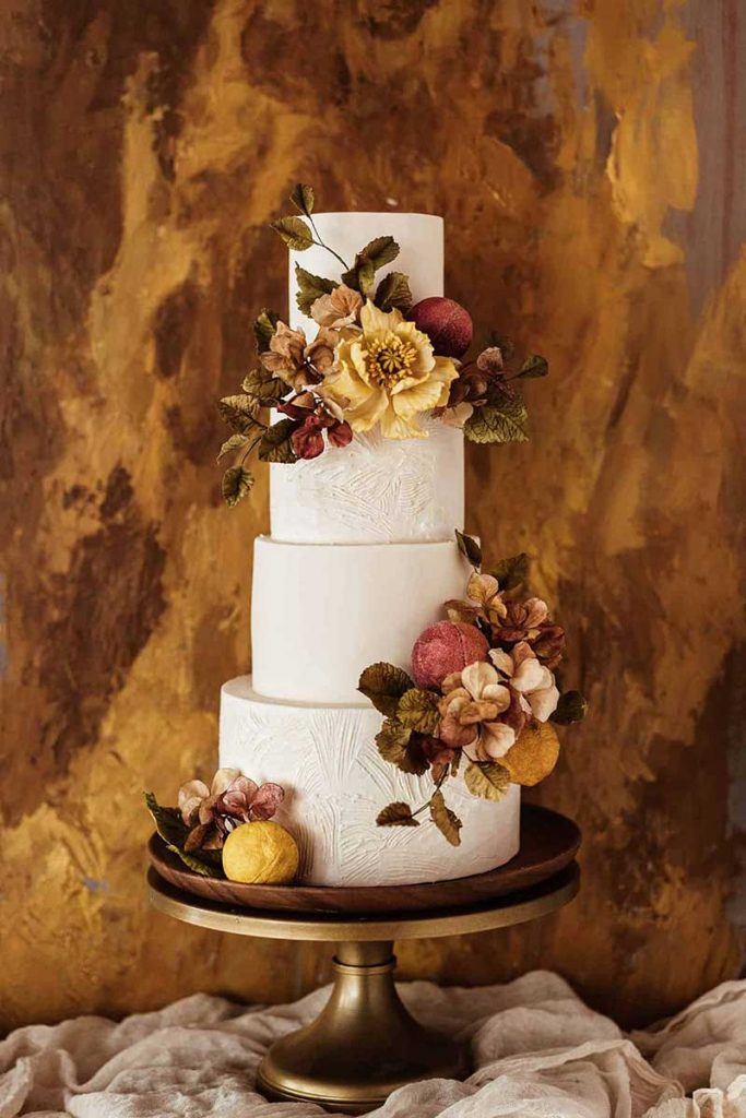 Fall wedding cake with handmade sugar floral cakes by Winifred Kriste Cakes