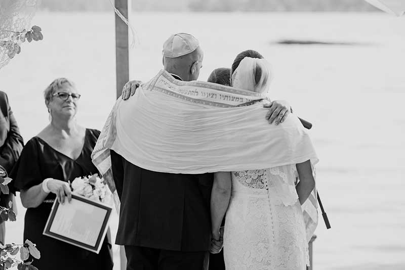 Bride and groom incorporate culture into weddings with Jewish ceremony