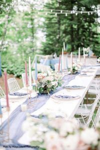 Modern backyard wedding table