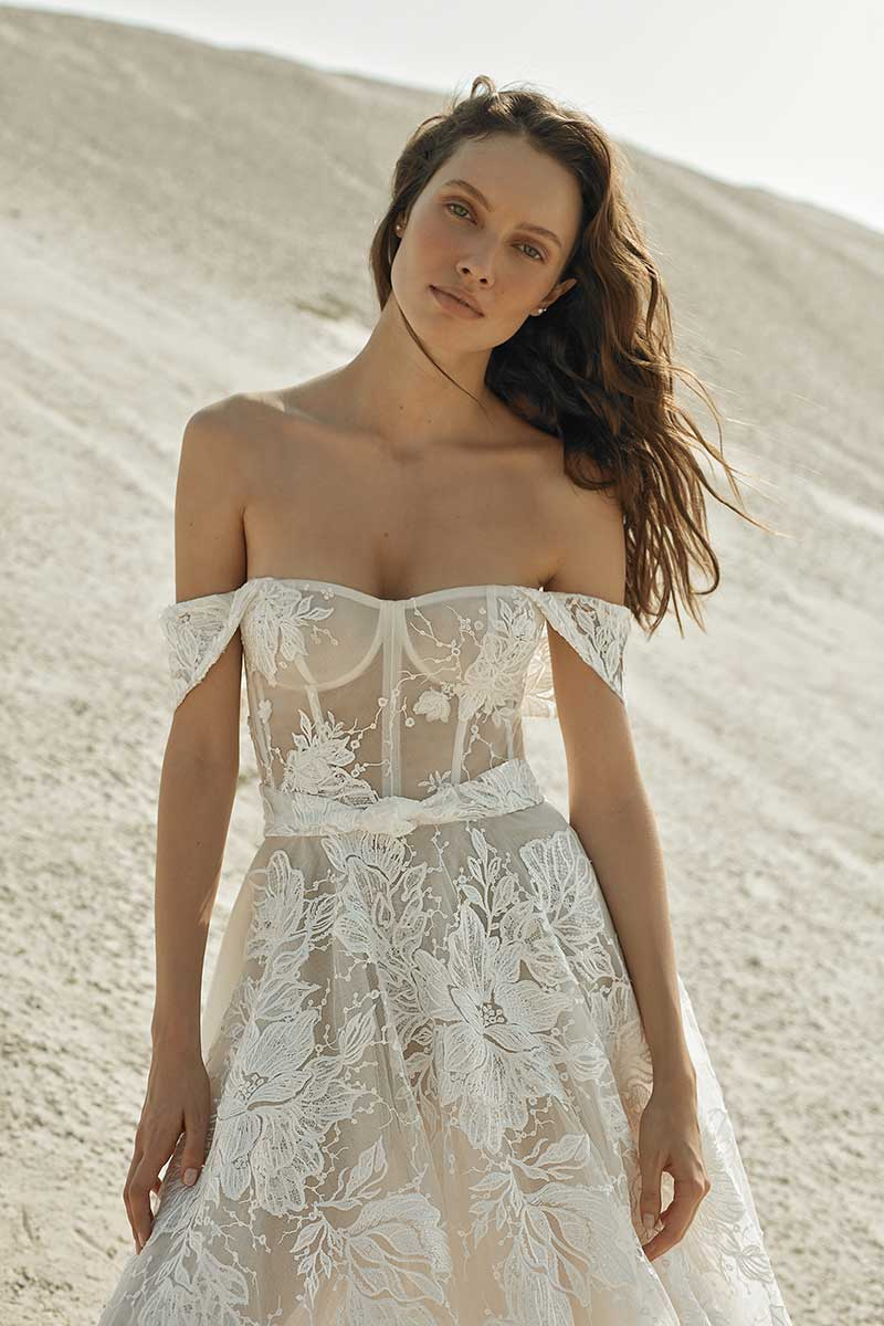 Corset bodice off the shoulder wedding dress neckline by Eisen Stein