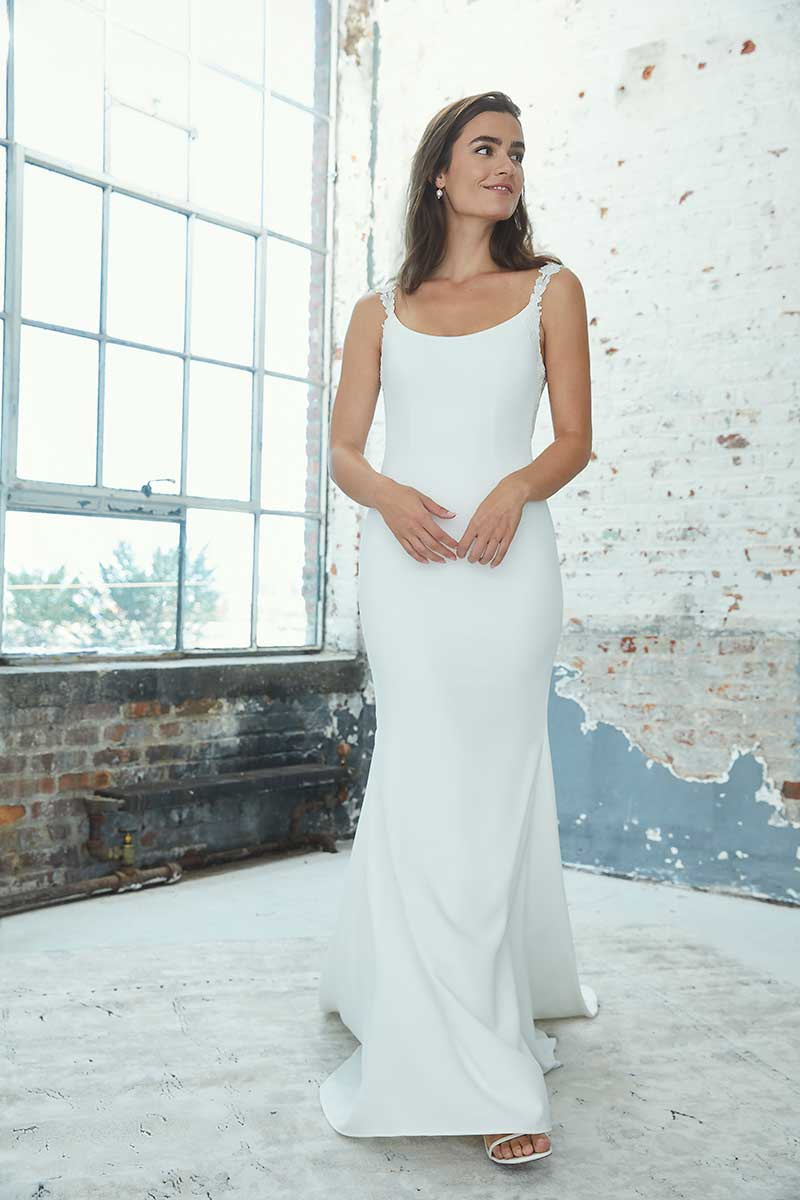 Crepe bridal gown with scoop neck