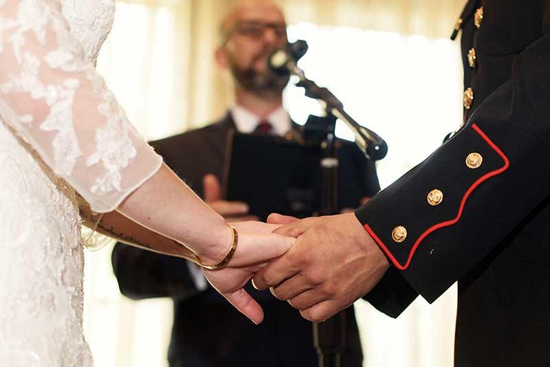 Military mirco wedding in Minnesota