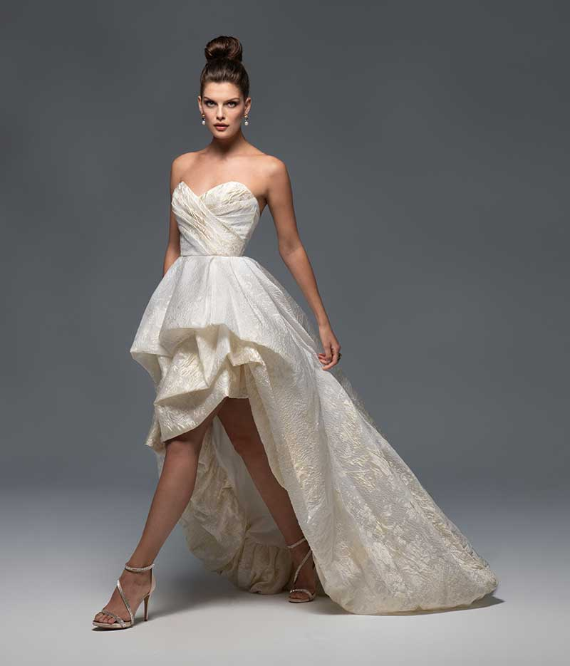 Off-white sweetheart neckline gown with high-low skirt