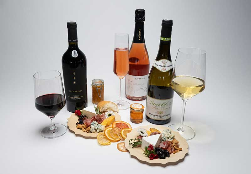 Wine and cheese pairing experiences for Valentine's Day