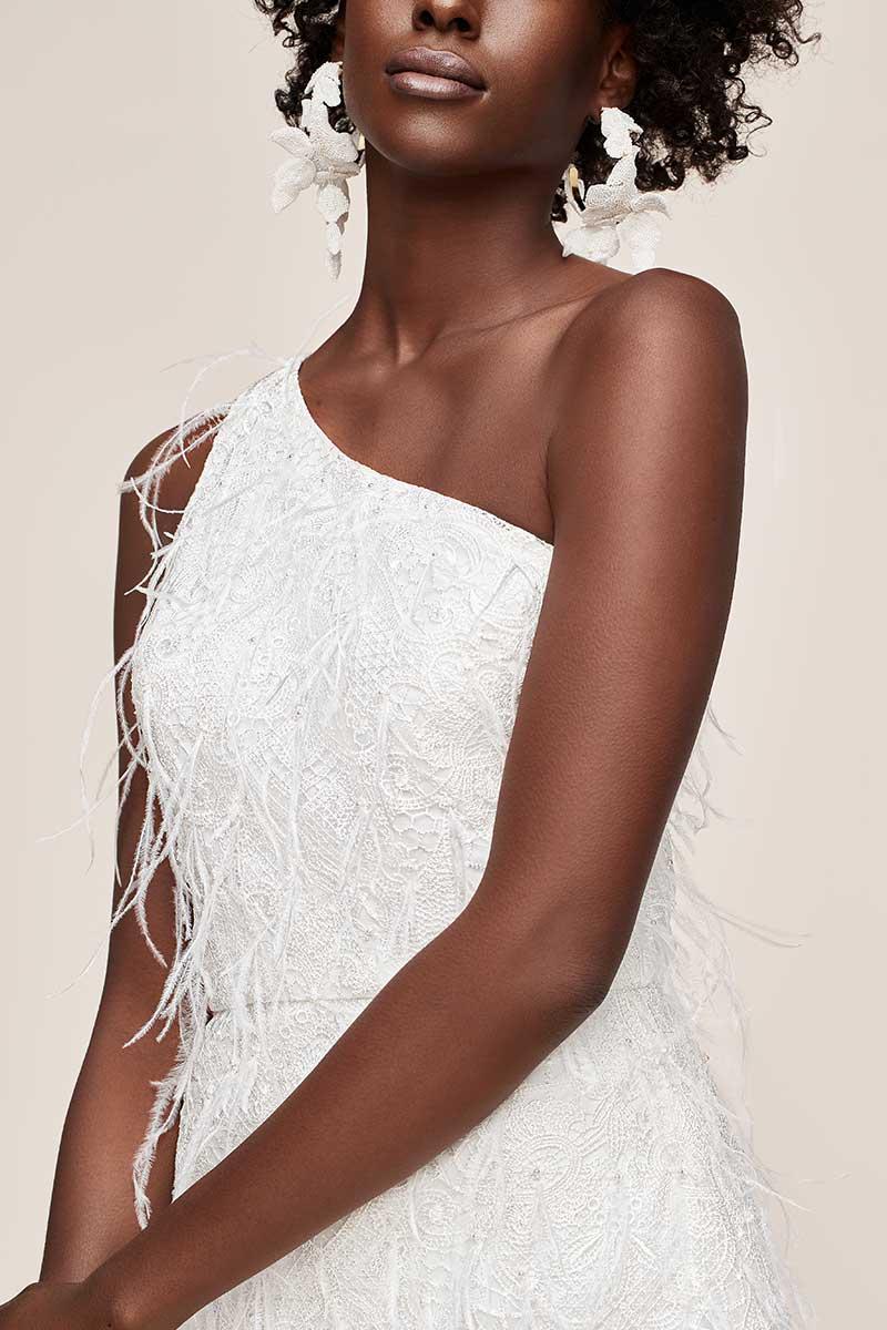One-shoulder short fringe dress for micro wedding