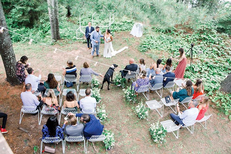 2021 Wedding Trends Look Book micro wedding in Wisconsin
