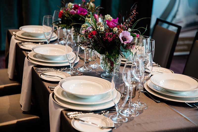 Classic and elegant white tabletop