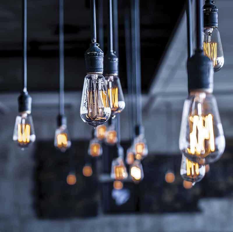 Edison bulb lighting at wedding