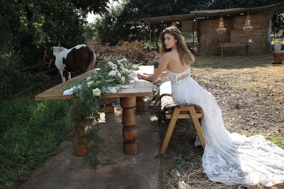 Countryside bridal dress