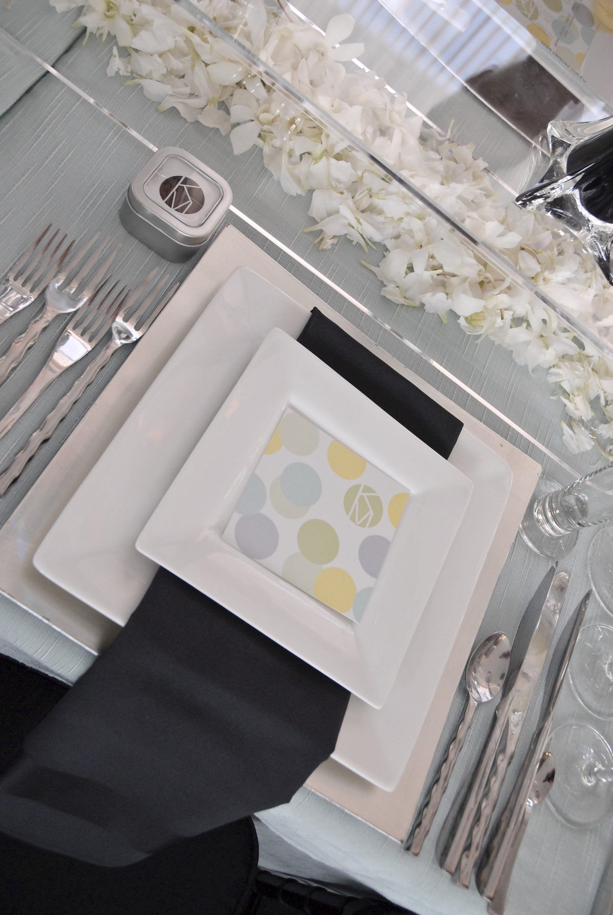 Wedding menus with yellow, green, and purple cirlces