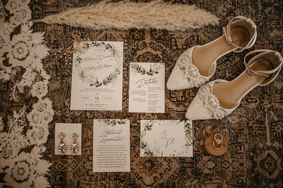 Bridal details must-have wedding photos