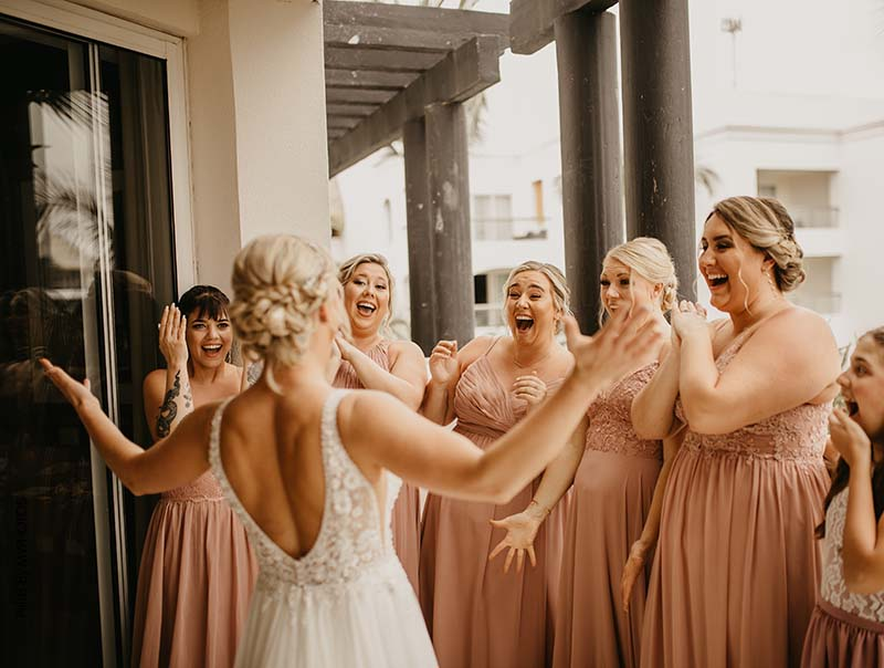 Bridesmaids share first look with bride