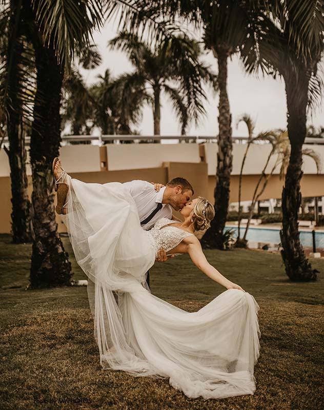 MN-Couple-Destination-Wedding