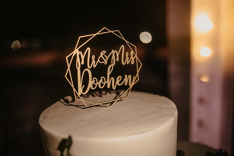 Mr and Mrs gold geometric cake topper