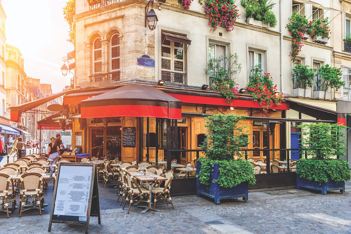 French bistro 2021 travel trends for couples