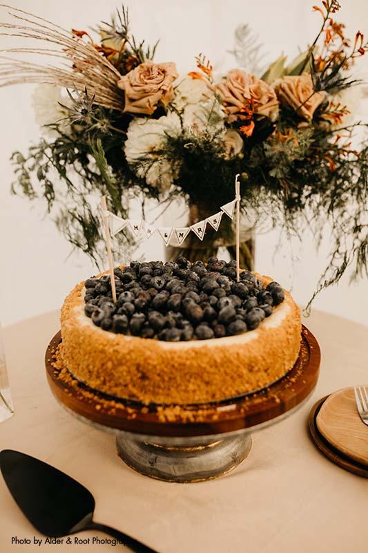 Blueberry cheesecake as wedding dessert