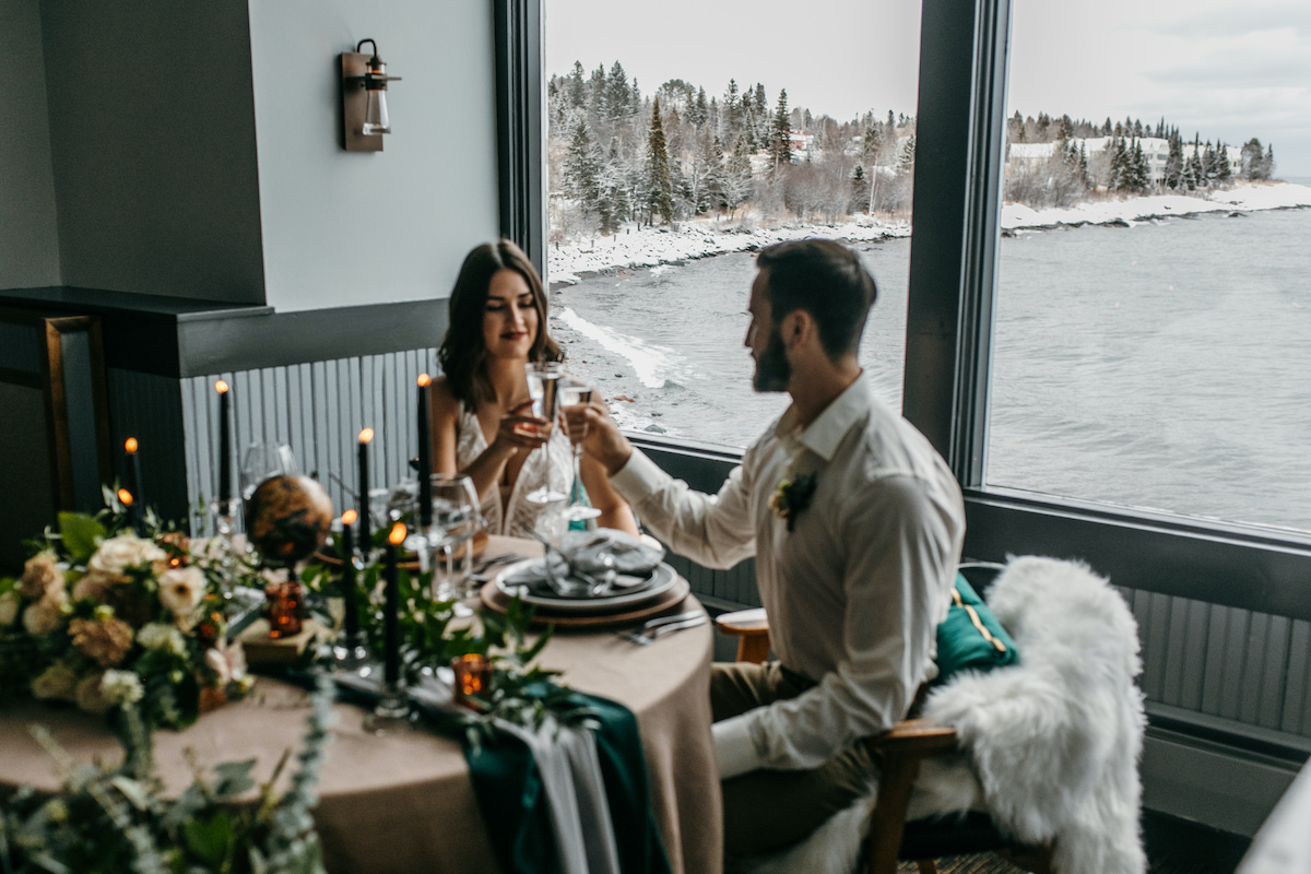 Couple elopes in Northern Minnesota at Bluefin bay Family of Resorts
