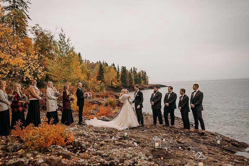 Couple marries at North Shore wedding at Lutsen Resort