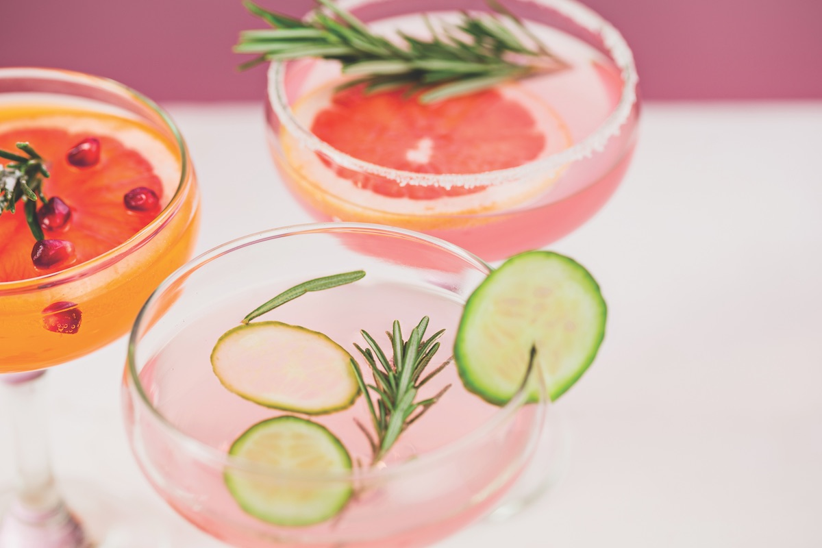 Sips and bites drink trends for weddings