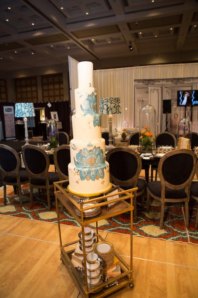 5-tier peacock wedding cake