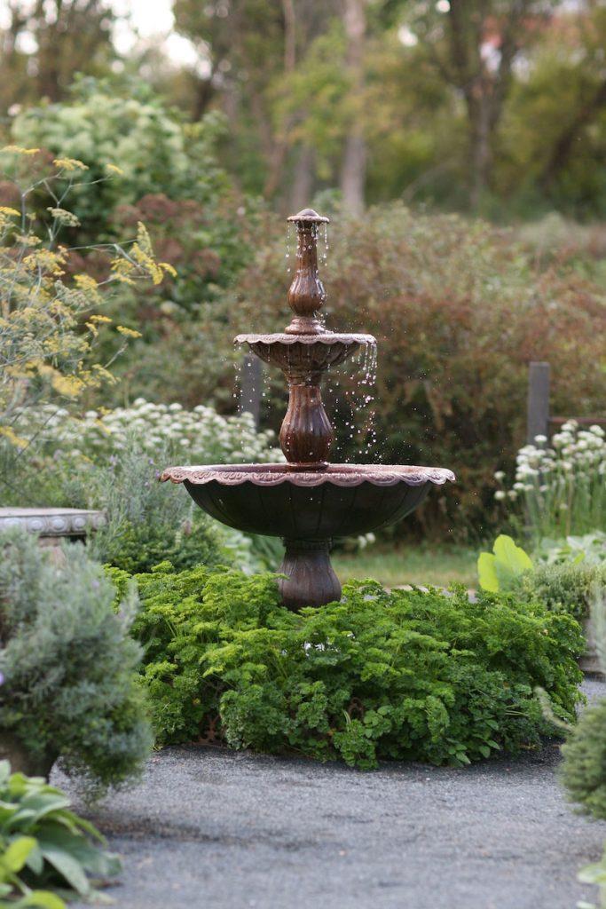 Fountain at rustic wedding reception