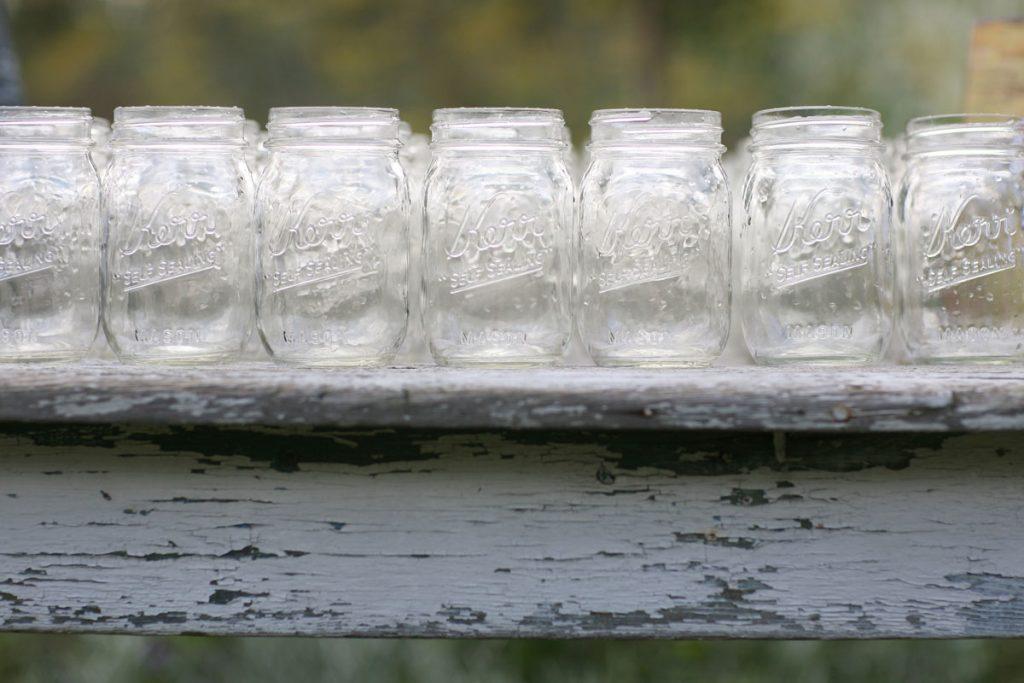 Mason jars for drinks at wedding