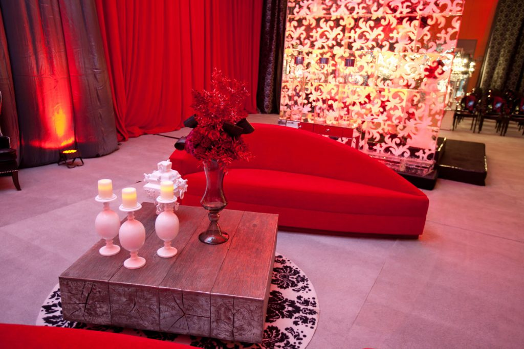 Wedding soft seating with red lounge chair