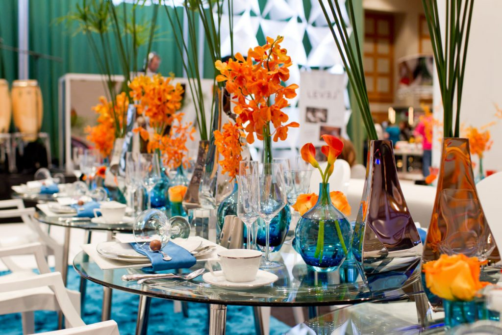 Blue and orange retro-inspired wedding