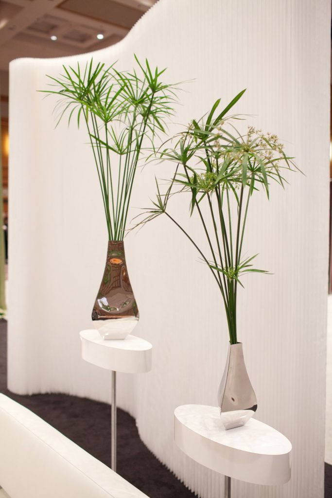 Palm fronds in silver vases Martini wedding decor